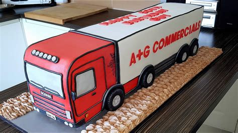 The making of the HGV Cake - Time Lapse | Amy Bombamy