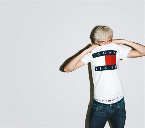 Tommy Jeans capsule collection - Crash Magazine