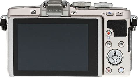 Olympus E-PL7 Review