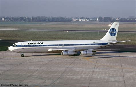 Ground explosion of a Boeing 707-321B in Rome: 33 killed