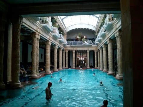 9 Tips for an Effortless Visit to the Thermal Baths in
